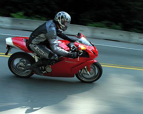 2004 ducati 999 – hello god… can i borrow your bike