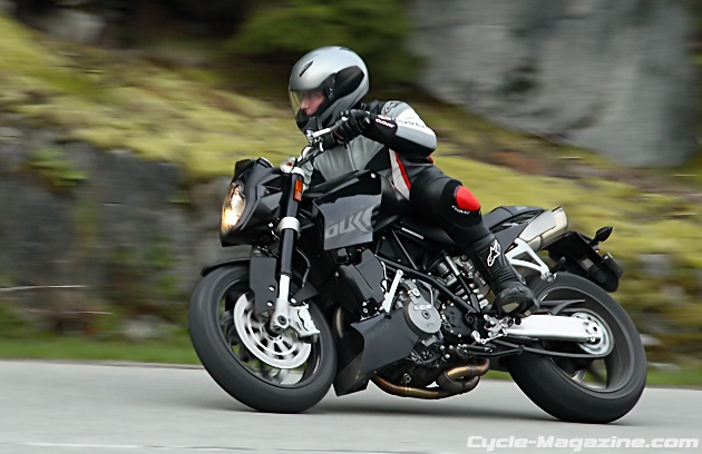 2007 KTM 990 Super Duke - The Austrian Super Villain