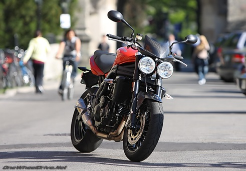 triumph_speed_triple_6