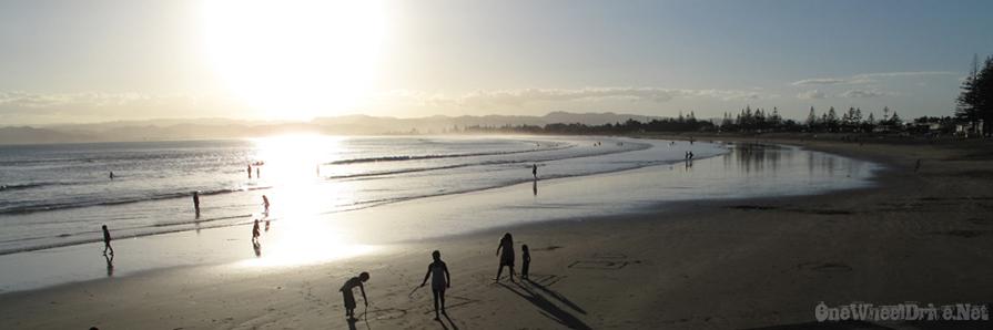 beach-gisborne01