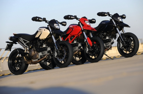 The 2010 Hypermotard 796 comes in 3 color schemes