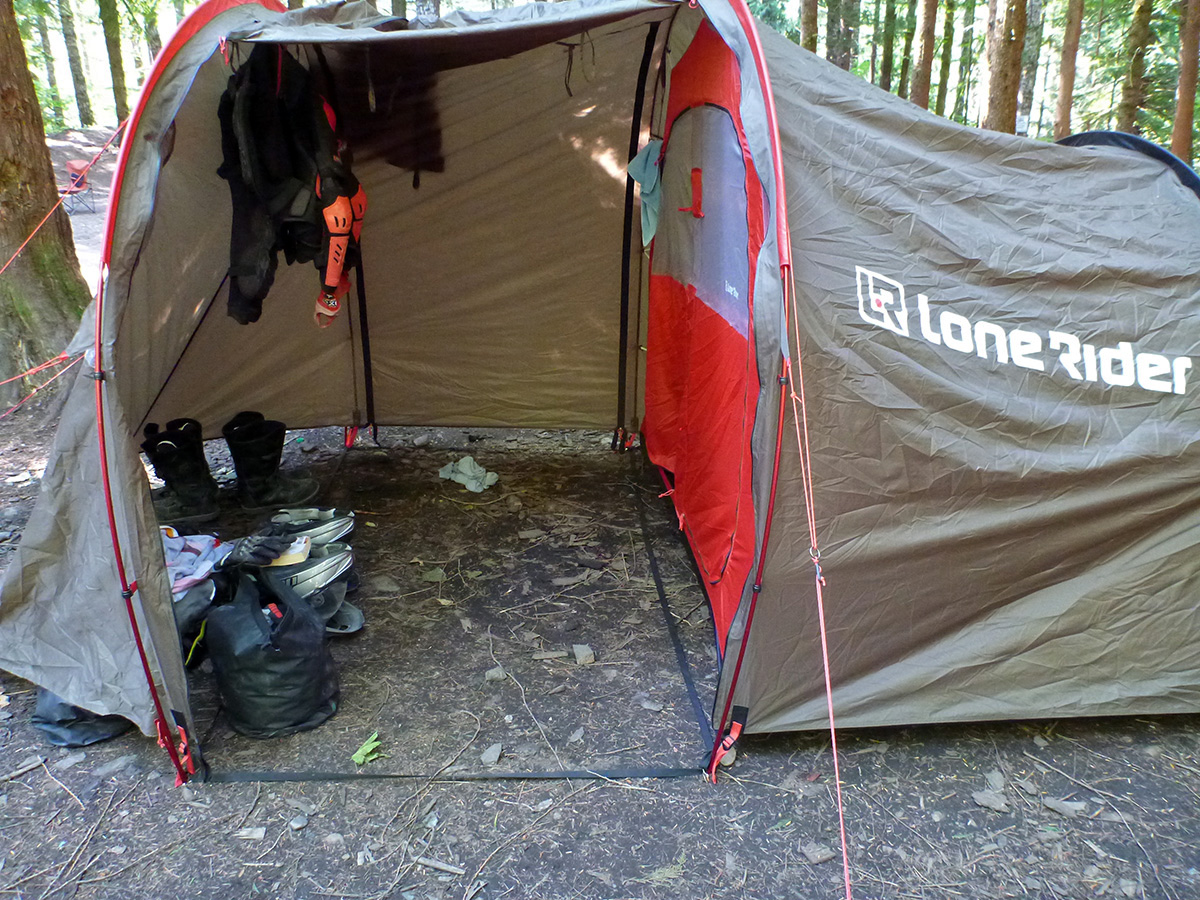At 5.5 kg (12 lbs) weight and a claimed 60x20cm (2ft x 9in) packed the LoneRider MotoTent is no lightweight. What you get in that package though is a tent ... & LoneRider Motorcycle Tent Review u2013 A Garage with a Tent Attached ...